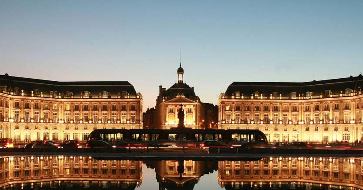 Vols Directs Montpellier Bordeaux Aquitaine France Aeroport